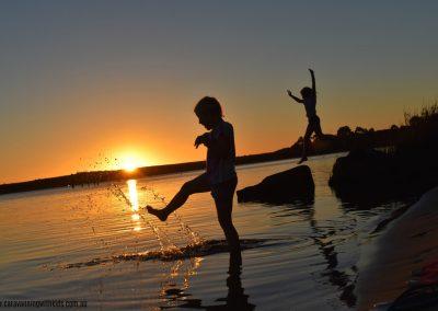 Caravanning with Kids - Strahan TAS